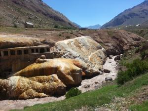 rio-horcones-aconcagua